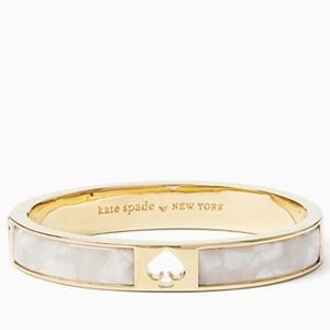 NWT~KATE SPADE~Spot the Spade Enamel Hinged Bangle